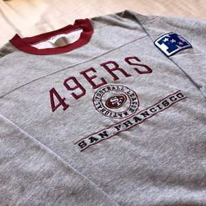 Other - 49ers crewneck sweater